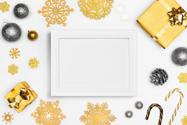 フレームとエレガントなクリスマスのコンセプト Premium写真