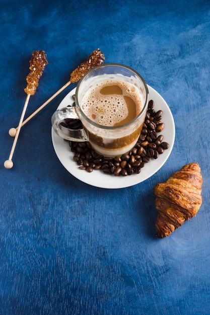 Elegant coffee concept Free Photo