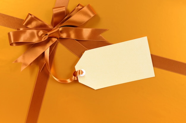 Elegant gift with a label Free Photo