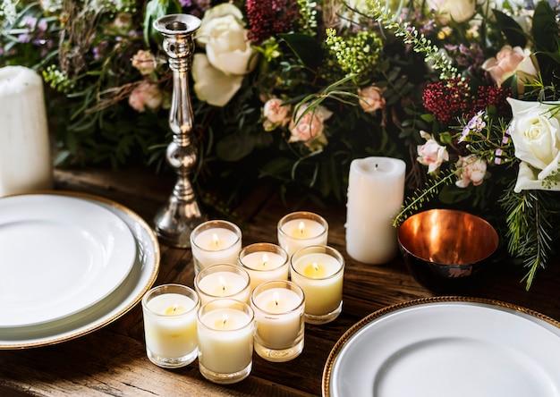 Elegant restaurant table setting service for reception Free Photo