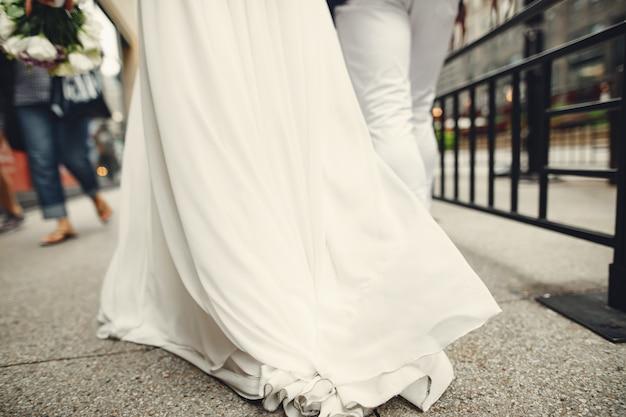 Elegant wedding couple Free Photo