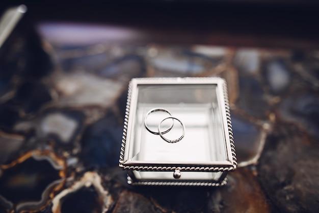 Elegant wedding rings Free Photo