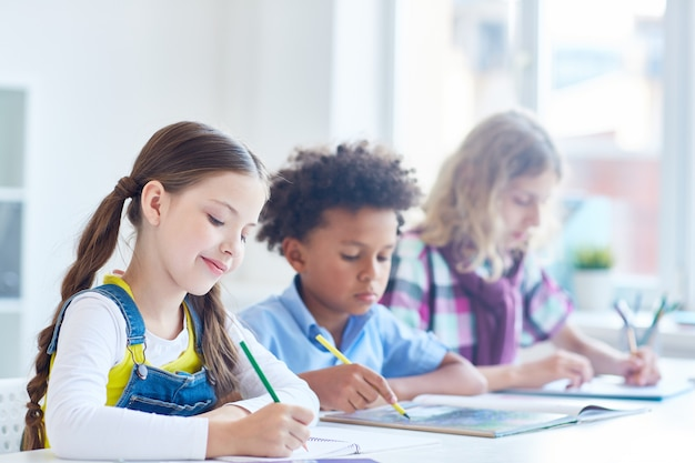 Elementary scholars Free Photo