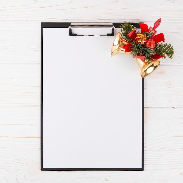 Empty christmas wish list Free Photo