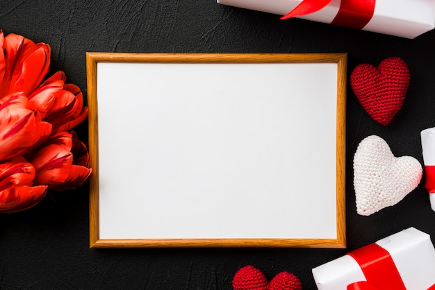Empty frame and Valentine\'s day stuff Photo | Free Download