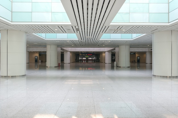 Empty hall Free Photo