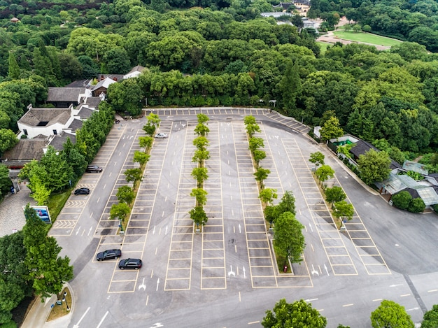 空の駐車場、航空写真。 無料写真