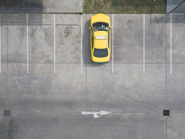 Empty parking lots, aerial view. Premium Photo