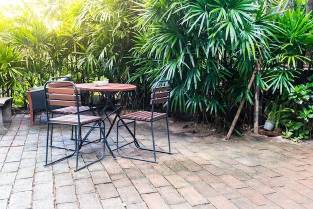 Empty wood chair Free Photo
