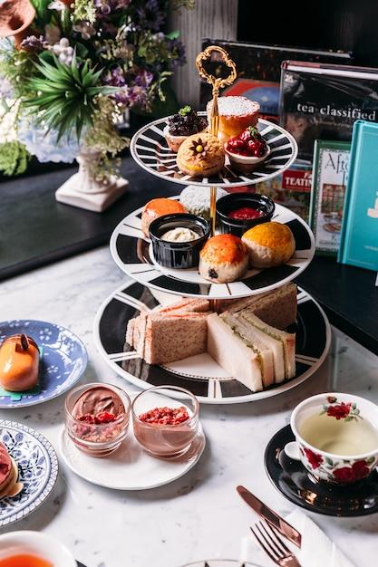 English afternoon tea set including hot tea Premium Photo