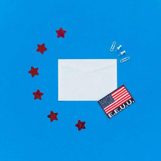 Envelope and usa flag on blue background Free Photo