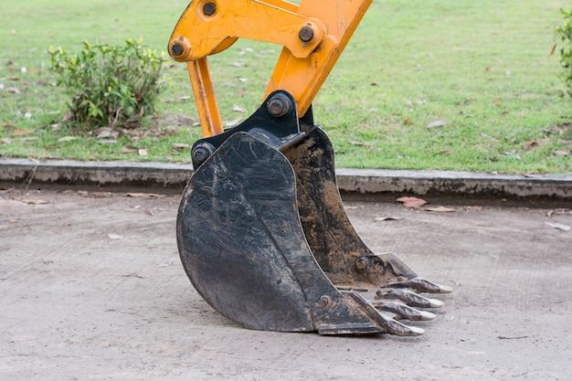 Excavator digging Premium Photo