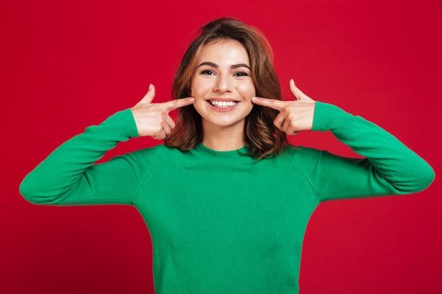 Excited счастливая молодая милая женщина Бесплатные Фотографии