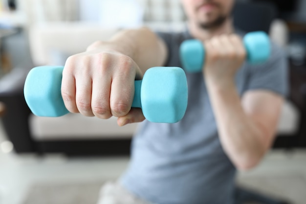 Exercise for muscle arm closeup Premium Photo
