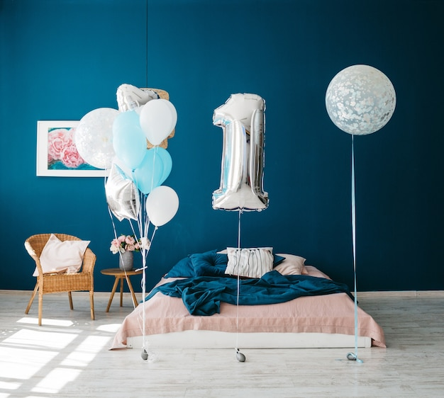 Fabulous décor to the birthday of a small child Free Photo