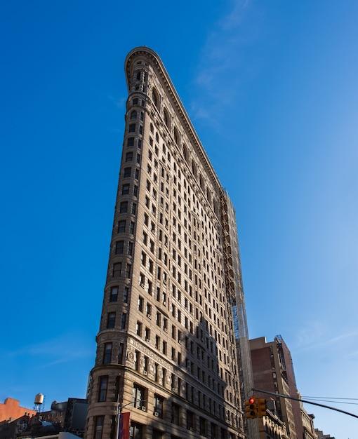 ニューヨークのフラットアイアンビルのファサード Premium写真