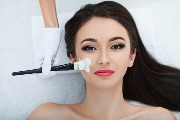 Facial skin care. Premium Photo