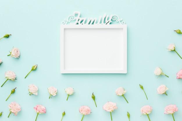 꽃과 가족 빈 프레임 무료 사진