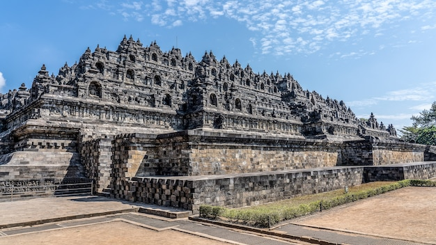 Famoso tempio di borobudur a mungkid, indonesia Foto Gratuite