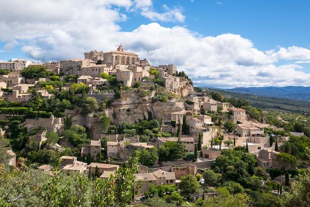 Famoso borgo medievale di gordes nel sud della francia (provenza) Foto Gratuite