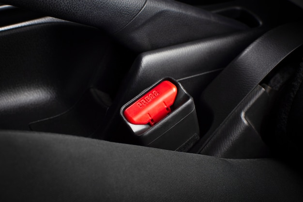 Пристегните гнездо ремней безопасности в роскошном автомобиле Premium Фотографии