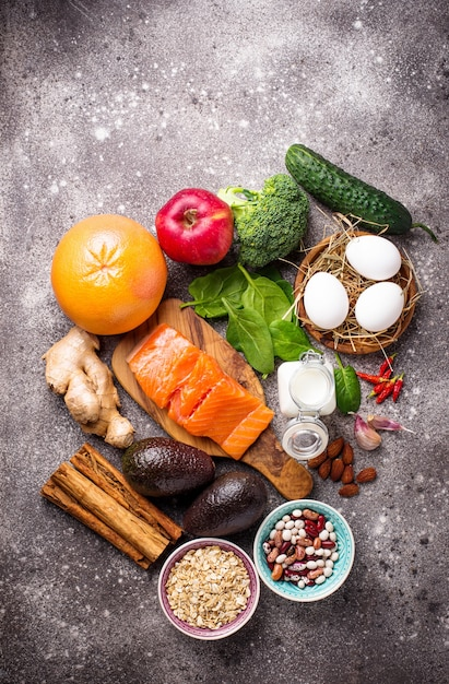 Жиросжигающие продукты для похудения Premium Фотографии