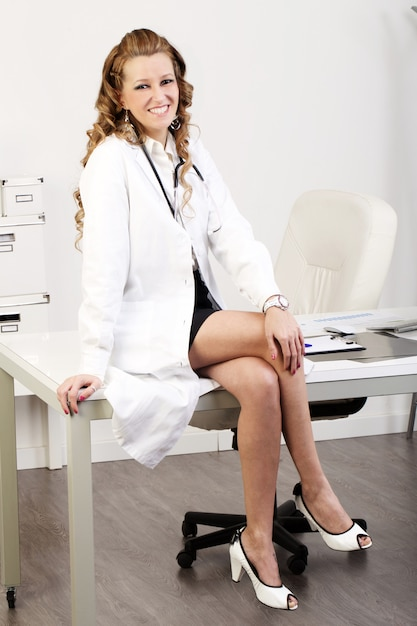 Female doctor Premium Photo