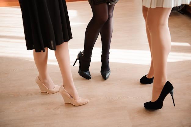 Female fashion, close up sexy female feets Premium Photo