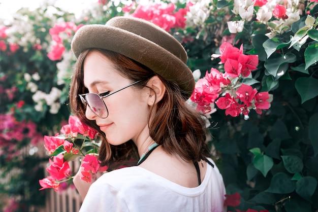 Female outdoors flower photography concept Premium Photo