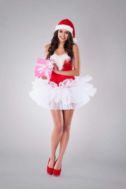 핑크 선물 여성 산타 클로스 무료 사진