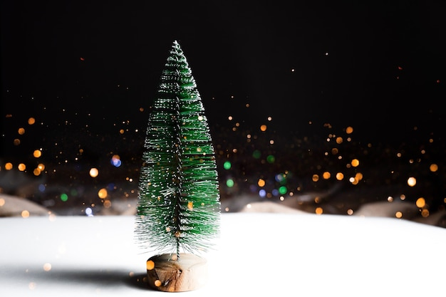 Festive christmas bokeh lights background. happy holidays concept. Premium Photo