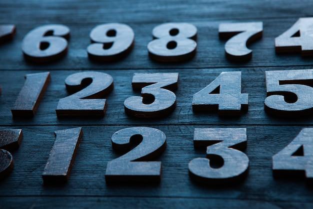 금융 데이터 개념. 숫자와 함께 완벽 한 패턴입니다. 금융 위기 개념. 프리미엄 사진