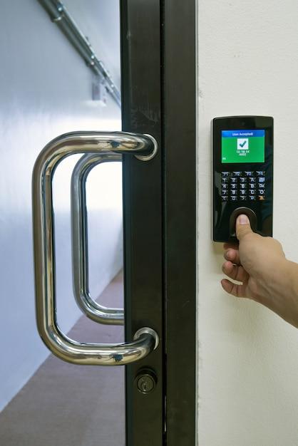 Finger scan for access control open door Premium Photo