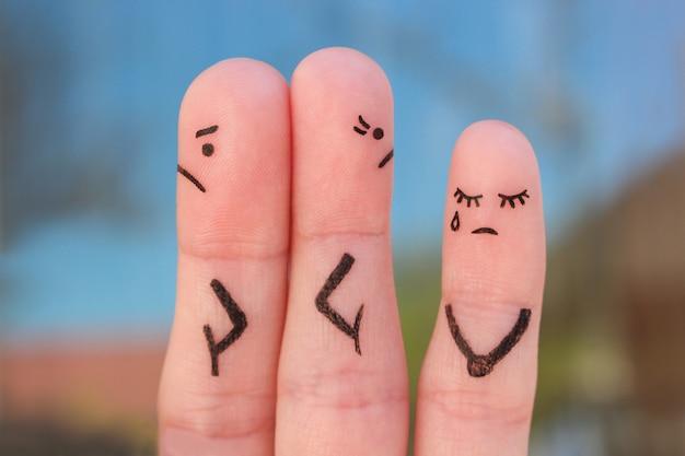 Пальцы искусство пара после ссоры, глядя в разные стороны. идея семьи во время конфликта. понятие родителей ссориться, ребенок был расстроен. Premium Фотографии