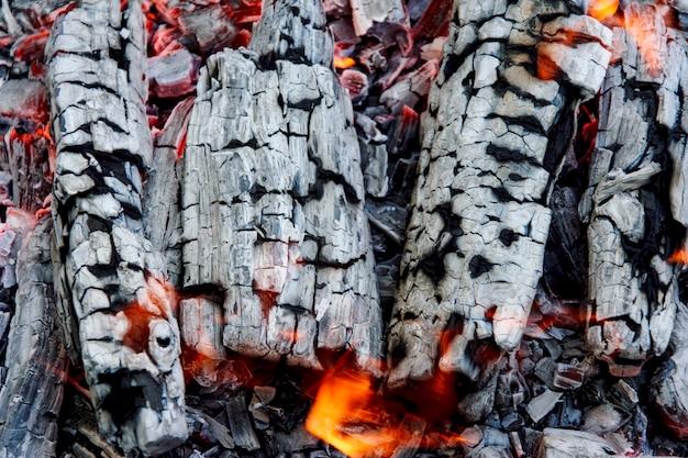 燃えるfire Premium写真
