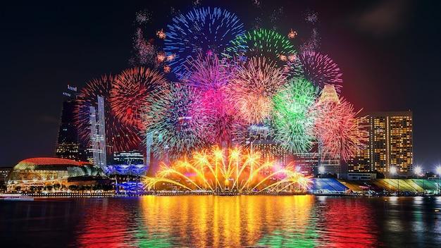 싱가포르의 불꽃 놀이. 무료 사진