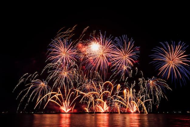 Фестиваль фейерверков в таиланде Бесплатные Фотографии