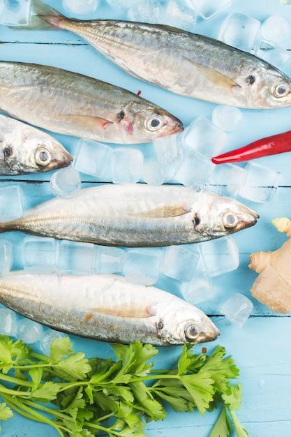 Fish mackerel,Œraw mackerel with and spices Premium Photo