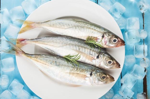 Fish mackerel,raw mackerel with and spices Premium Photo