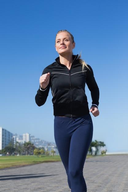 blonde-runner-spandex