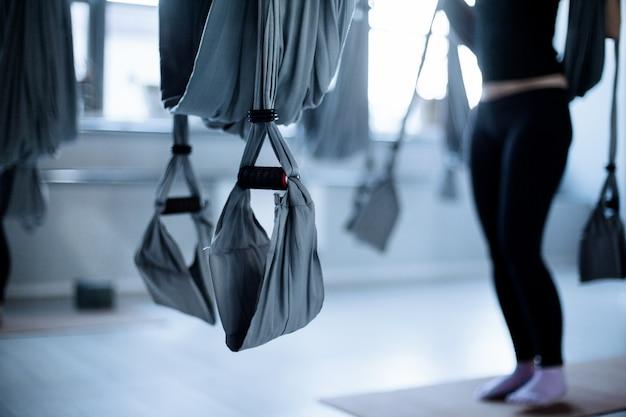 Фитнес аэро йога в фитнес-классе Premium Фотографии