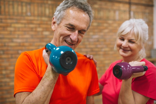 Fitness concept with happy grandparents Free Photo