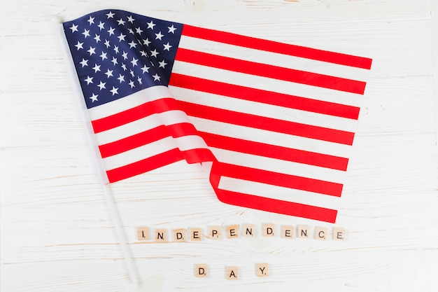 Flag with words independence day Free Photo