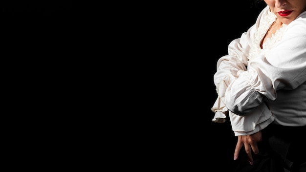 Flamenca with crossed arms and copy space Free Photo