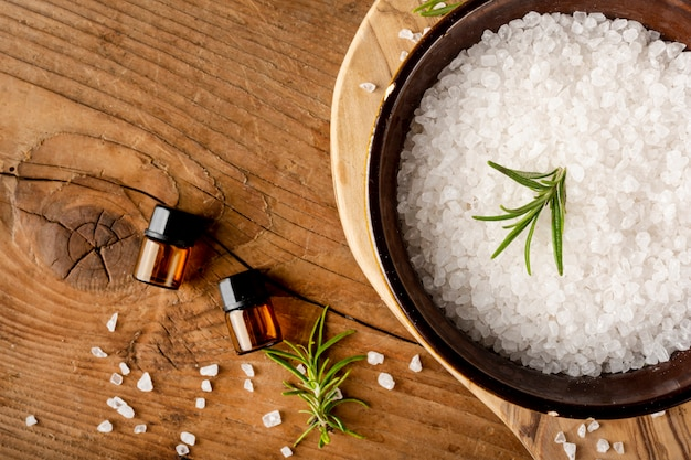 Flat lay arrangement with therapeutic items Free Photo