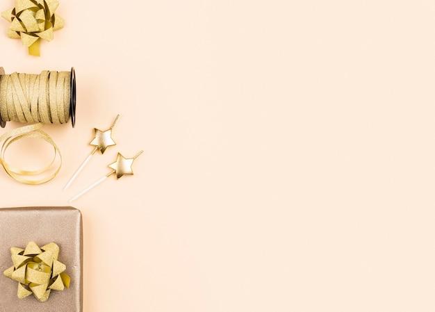 Flat lay birthday golden ribbons Premium Photo