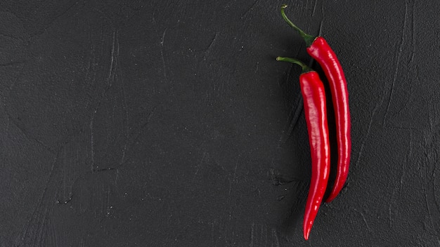 Flat lay of chili with copyspace Free Photo