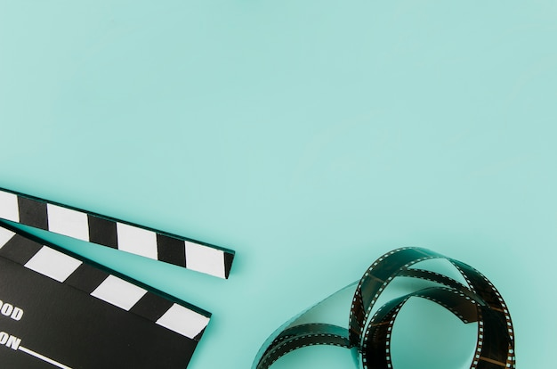 Flat lay of cinema elements with copyspace Free Photo