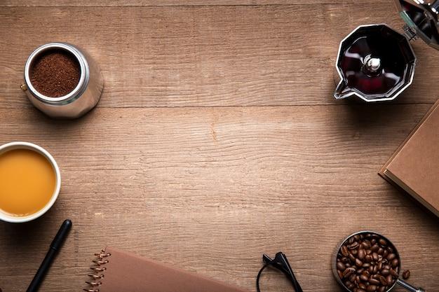 Плоские кофейные ингредиенты с копией пространства Бесплатные Фотографии