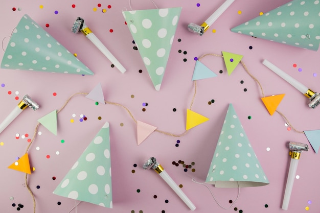 Flat lay composition of birthday elements Free Photo